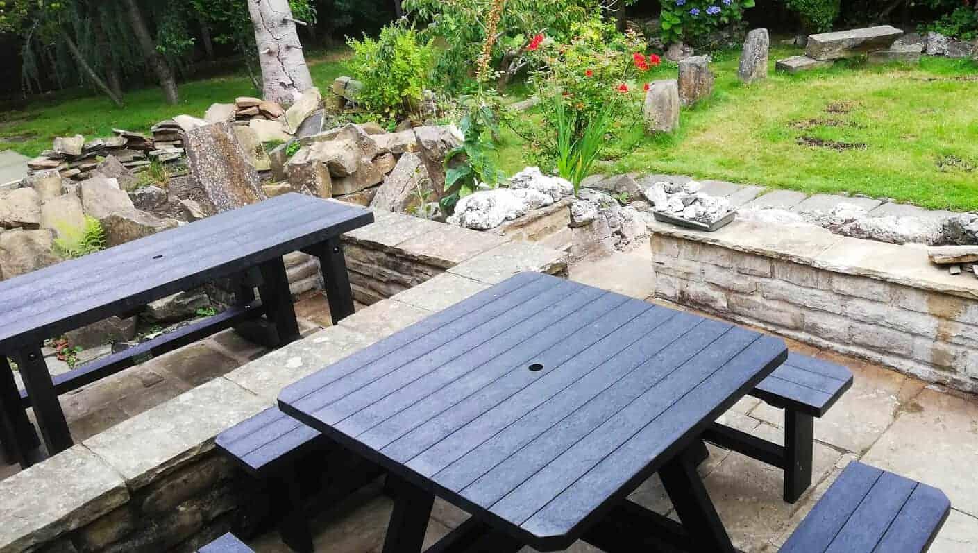 Bradbourne 8 Seater picnic table